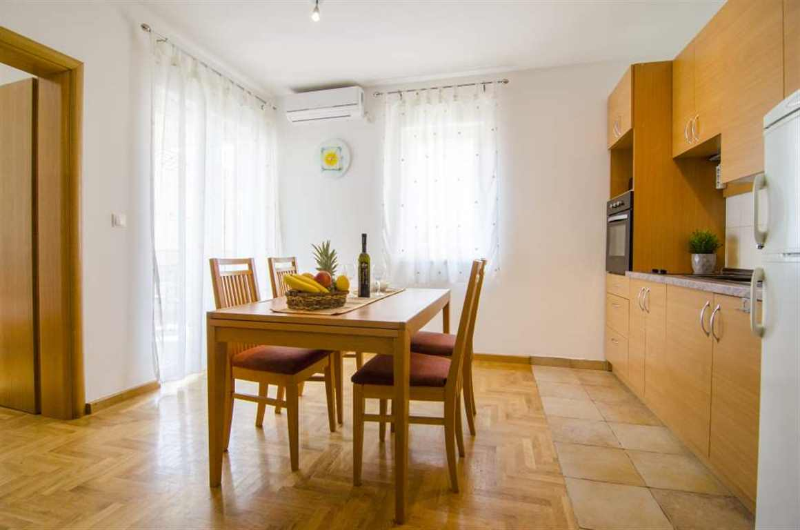 Sara 2 - Two bedroom apartment for